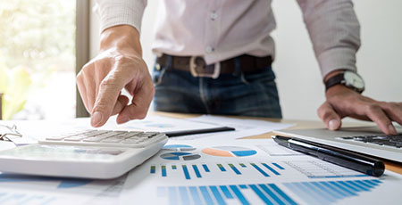 accountant working on financial investment